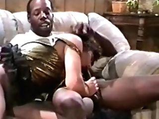 Horny Inexperienced Mummies, Interracial Fucky-fucky Clip