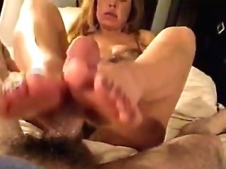 Footjob With Gorgeous Feet And Jizz - Retro Clip But Excellent!