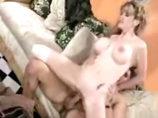 Sexy Chick With Yam-sized Bosoms Gets Banged