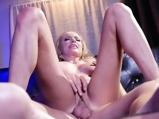 Witness Donnie Rock Fucking Hard Supah Begin Stripper Briana Banks