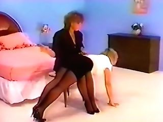 Antique Spanking For Pantyhosed Bum