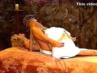 Nina - She Had An Egyptian Practice.